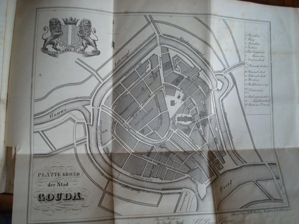 Plattegrond van Gouda anno 1840 uit de Beknopte beschrijving van Kluitman