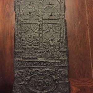 Haardplaat uit 1618 met Bijbelse afbeelding