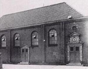 De voorganger van de Turfmarktkerk, gebouwd in 1888 en afgebroken in 1931